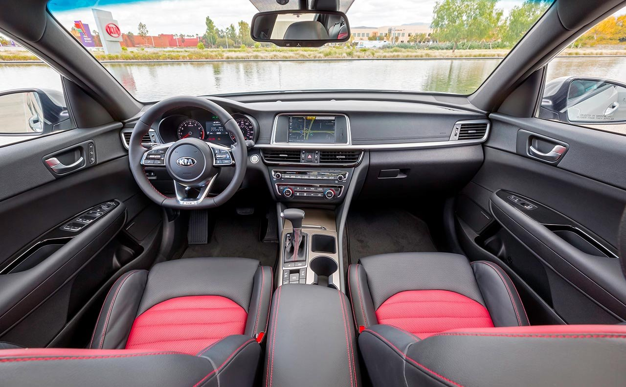 New 2019 Kia Optima Interior