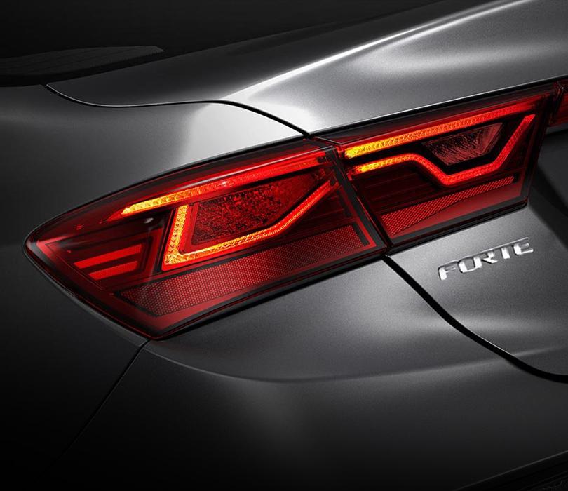 New 2020 Kia Forte Rear LED Lighting