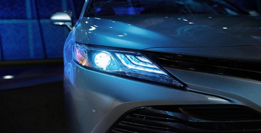 New 2019 Toyota Camry Hybrid LED Headlights