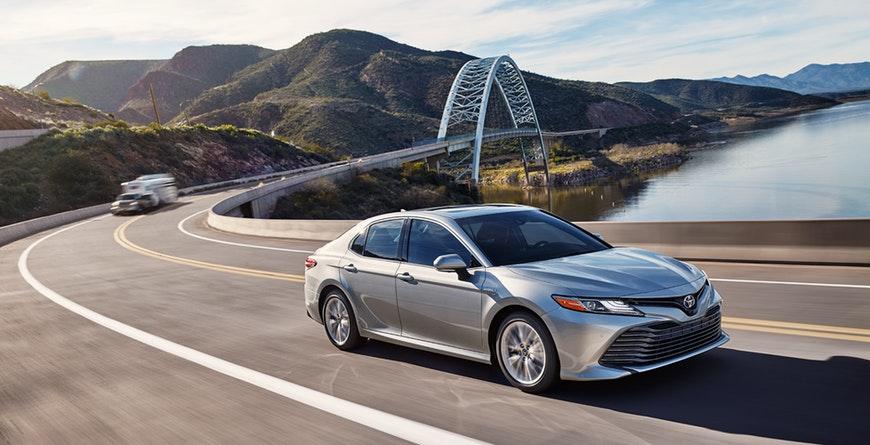 New 2019 Toyota Camry Hybrid Hybrid mpg