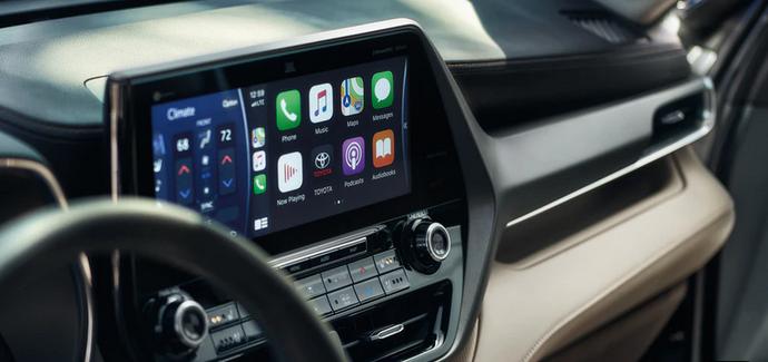 New 2020 Toyota Highlander Apple CarPlay® compatibility